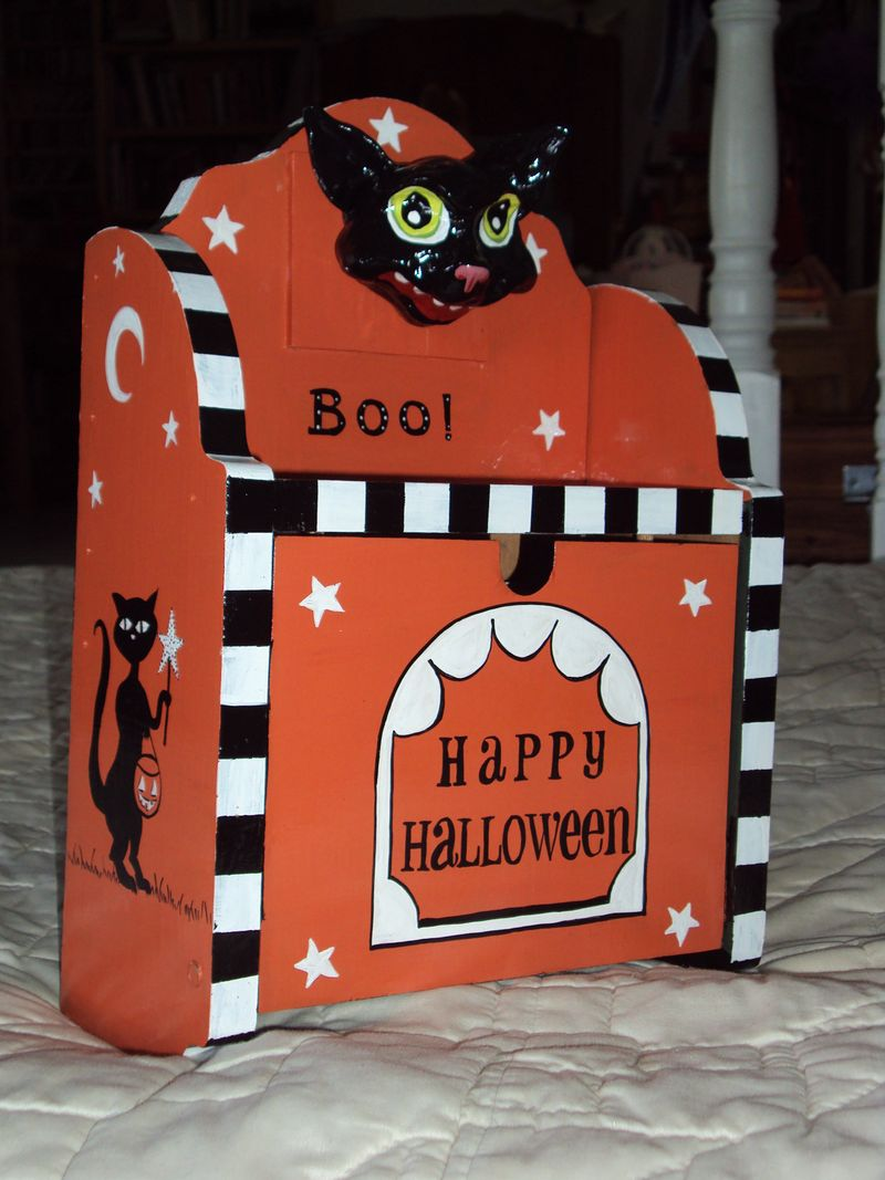 CatMailbox11