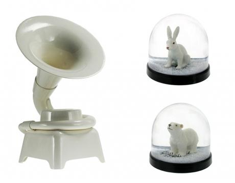 Rabbitsnowglobe