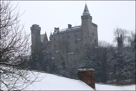 Alton_castle_snow_Iain Gordon
