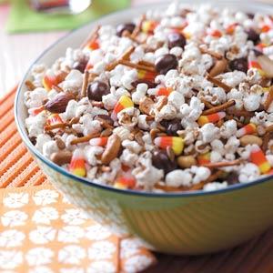 Harvest snack mix