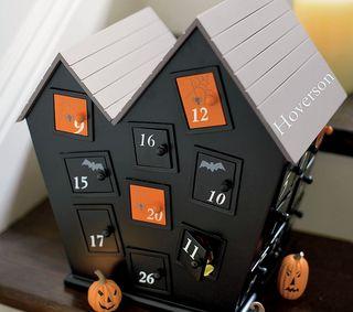 Halloween-Countdown-House