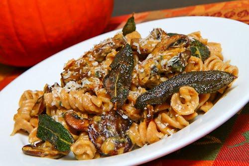 Pumpkin and Mushroom Pasta with Gorgonzola 500
