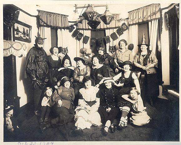 Old School Halloween 4