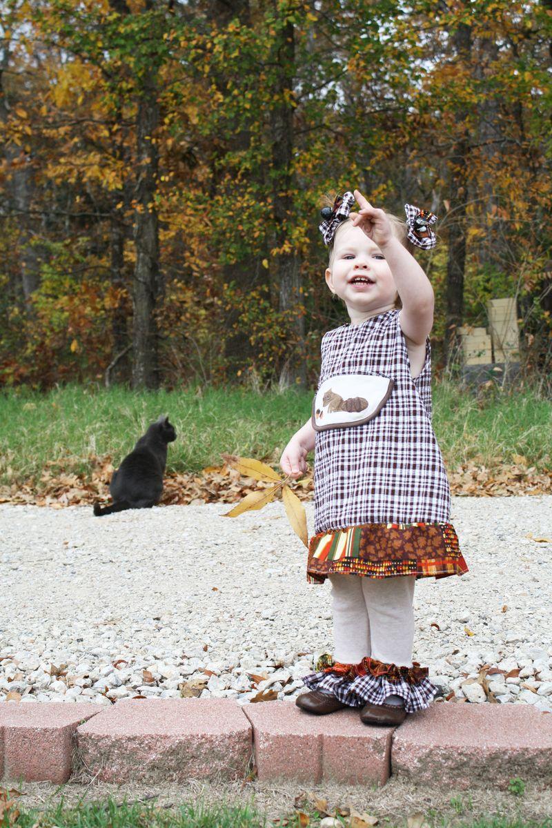 AutumnPointngCat