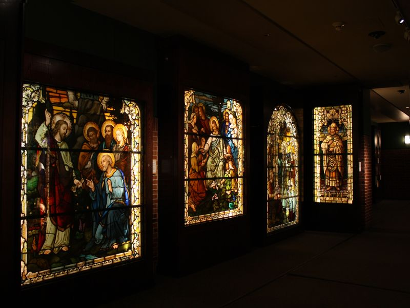 Smith_Museum_stained_glass