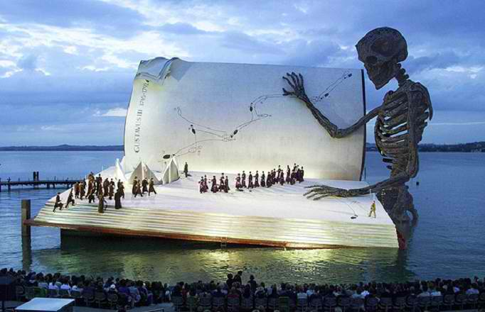 Floating-giant-book-stage-bergenz-festival1