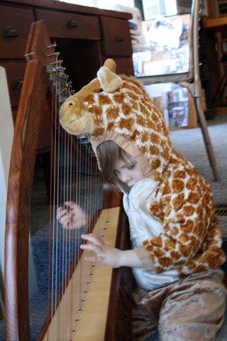 Giraffe Harp 1