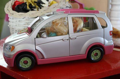 DollCar1