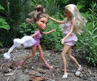 Barbie-v-bratz
