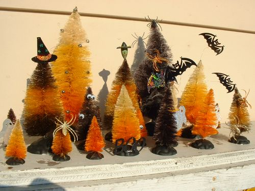 Halloweentrees 030