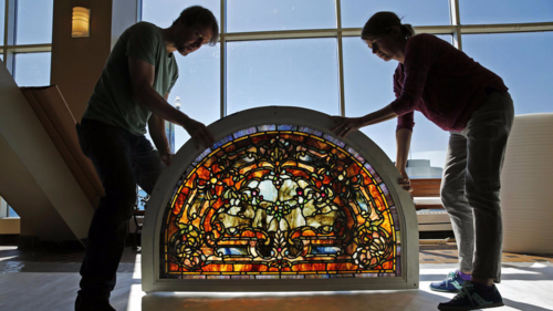 Chi-ct-navy-pier-stained-glass-ct0022252633-20140922