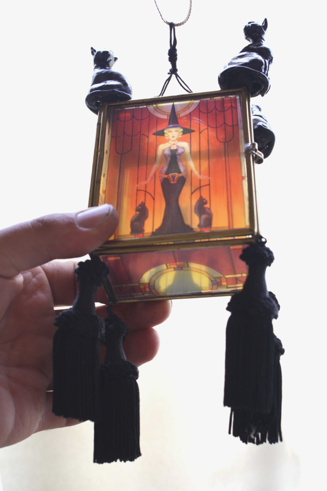 Art Deco Witch Ornament Bottom