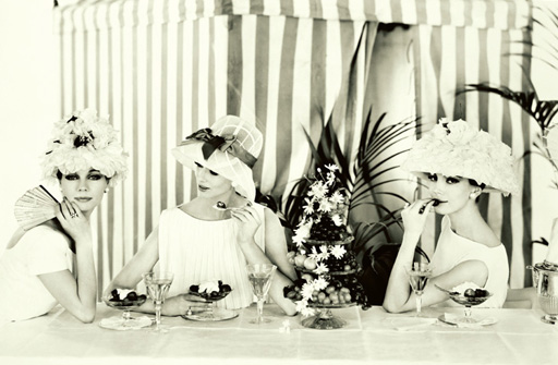 Ladies_who_lunch