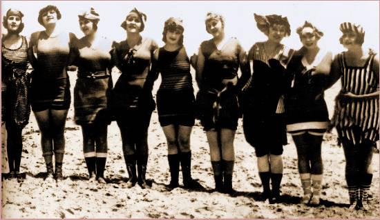 1e94f8efd97 American Bathing Suits through History - Laura Irrgang