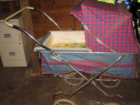Baby_carriage_009_m
